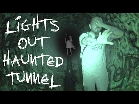 HAUNTED FAZE RUG TUNNEL LIGHTS OUT CHALLENGE | OVERNIGHT CHALLENGE IN THE DARK | OmarGoshTV