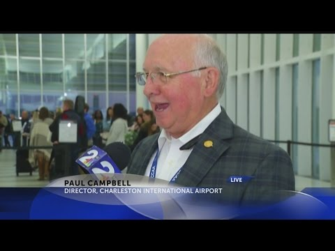 Holiday travel at the Charleston Airport