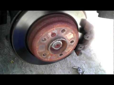 1999 BMW 528i rear brake pads replace