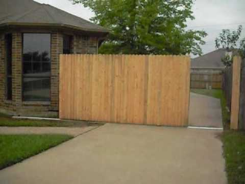 FRONT SLIDE GATE - Driveway