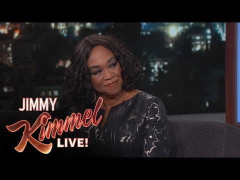 """Shonda Rhimes on Pitching Shows and """"The Catch"""""""