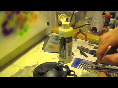 How to clean your airbrush in between colors