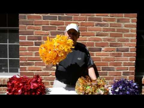 How to pick cheerleading pom poms