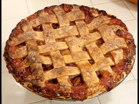 Apple, Pear, and Strawberry pie