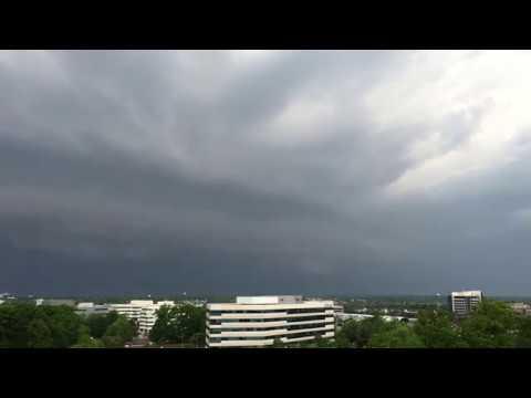 Time lapse of shelf cloud over Reston