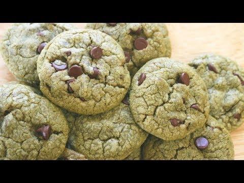 How to Make Matcha Chocolate Chip Cookies