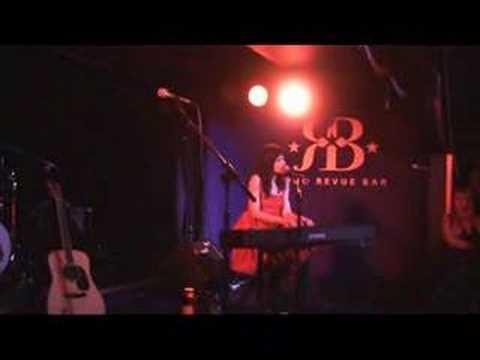Terra Naomi, The Vicodin Song, Soho Revue Bar