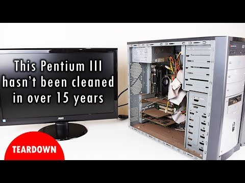 This Pentium III hasn't been cleaned in 15 years