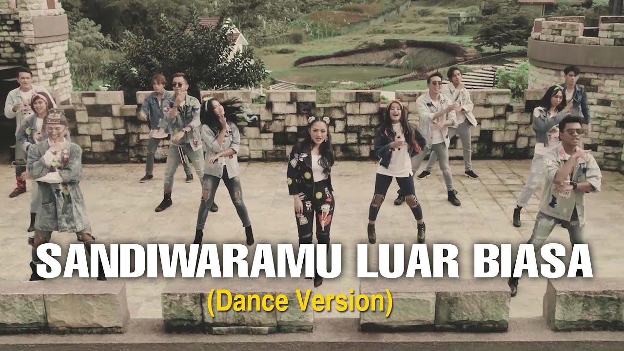 Download Siti Badriah - Sandiwaramu Luar Biasa ft. RPH & Donall (Dance Version) MP3 Gratis