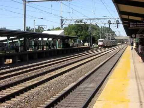 Northeast Corridor Race at Princeton Junction: ACES vs. Amtrak's Keystone