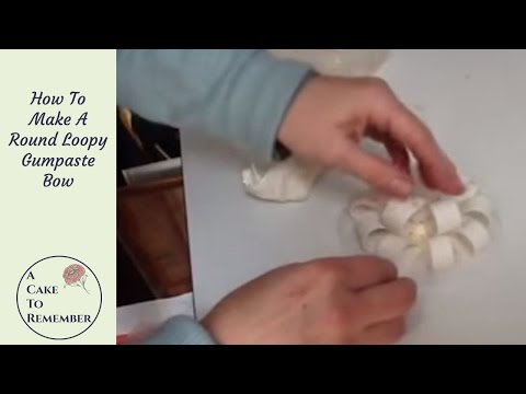 How to make a loopy gumpaste bow for cake decorating