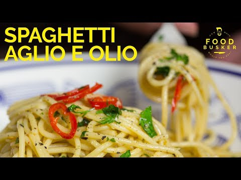 SPAGHETTI AGLIO E OLIO | 5 very simple ingredients