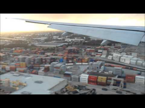 Trip Report: American Airlines 777-323(ER), Take off and landing, LAX-SYD, Sydney Harbour, N732AN
