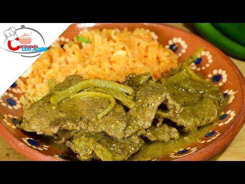 Bistec con Nopales en Salsa Verde