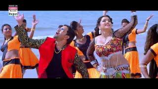 Dinesh lal Yadav & Aamarpali Dubey Romantic Scene Ever   Bhojpuri Movie Scene