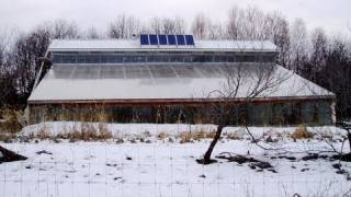 Sustainable Energy: Thermal Banking Greenhouse Design