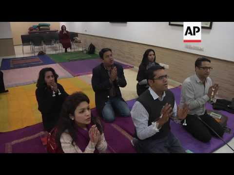 New Delhi residents find tranquillity in Buddhist chanting