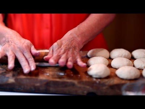 How to Make Flour Tortillas (Como Hacer Tortillas de Harina)   Muy Bueno
