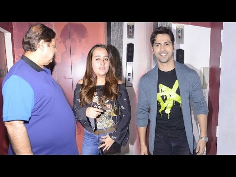 Xxx Mp4 Varun Dhawan Takes Girlfriend Natasha Dalal To Watch Badrinath Ki Dulhaniya With His Family 3gp Sex