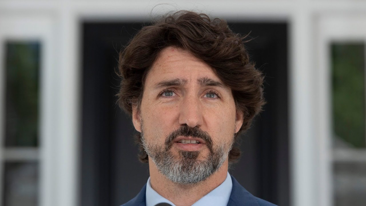 Travellers to be screened for fever at airports, Trudeau says