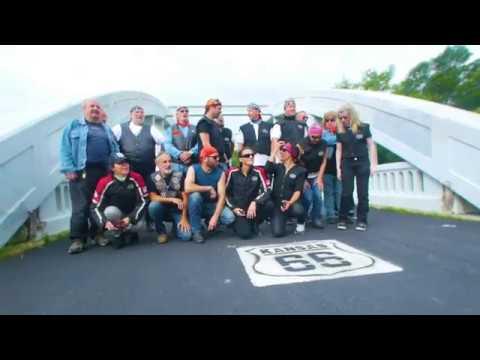 U.K. Motorcyclist Rides Route 66