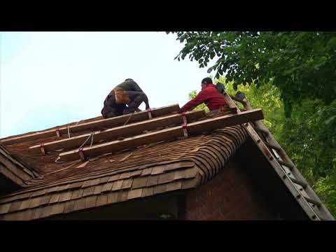 Installing a Steam Bent Cedar Shake Roof