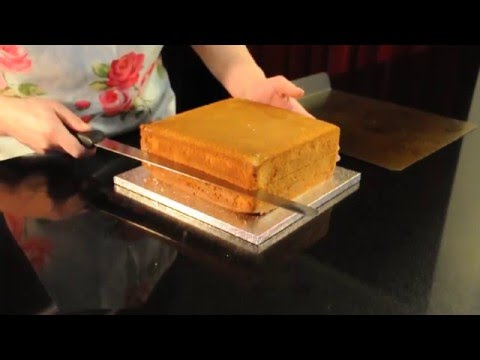 How to cut a cake into even layers.