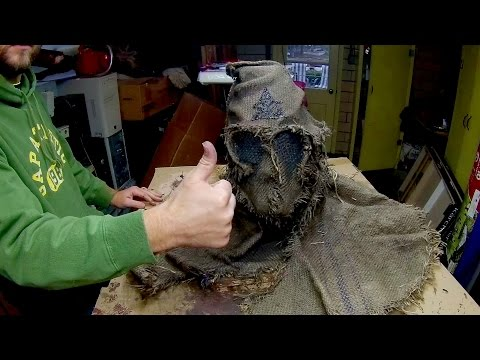 Building Executioner Scarecrow Mask