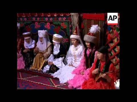 Traditional yurts threatened by cheaper Chinese imports