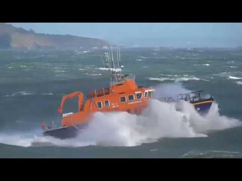 Torbay lifeboat diverts to emergency during severe weather exercise