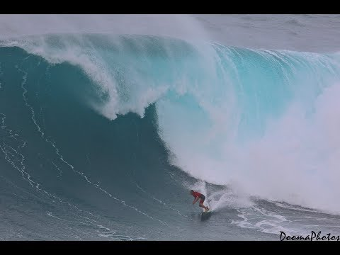 Big Wave Surfing Jaws Peahi Maui