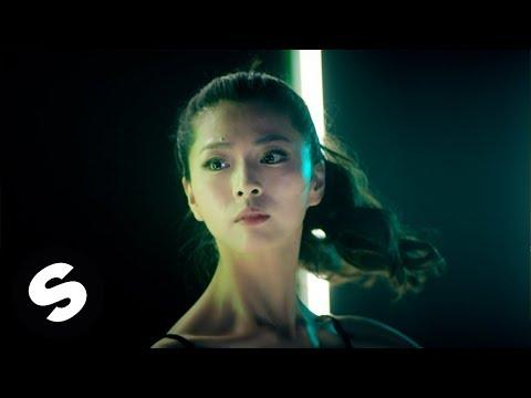 Curtis (冷炫忱) - Eyelash (Official Music Video)