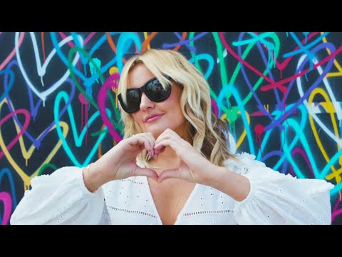 How to Style California Beach Waves