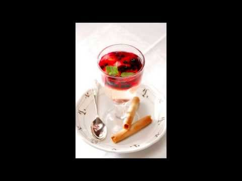 WILD BERRY, CHAMPAGNE & ELDERFLOWER JELLY ~ A RECIPE FROM THE ORIENT-EXPRESS.wmv