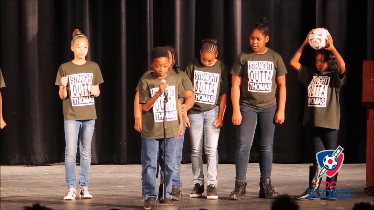 Thomas Elementary School performs at 2016 Poetry Slam!