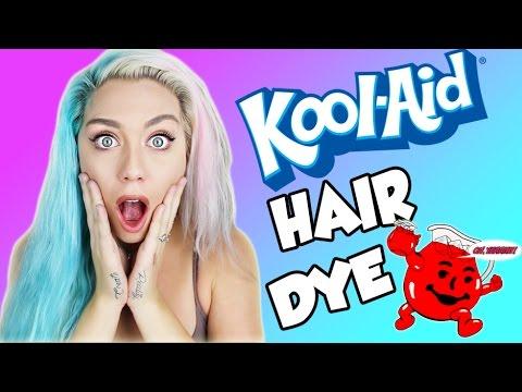 BEAUTY HACK OR WACK DIY KOOL AID HAIR DYE | Dying my hair blue!