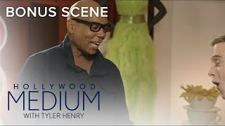 RuPaul Shows Off His Amazing Wardrobe to Tyler Henry | Hollywood Medium with Tyler Henry | E!