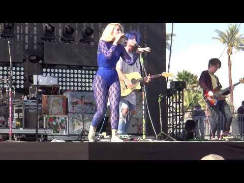 Grouplove - Shark Attack @ Coachella 2014 (2014/04/11 Indio, CA)