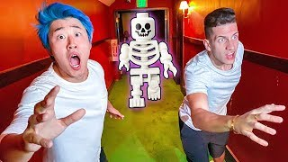 ESCAPING HAUNTED HOUSE CHALLENGE! (LEGO HIDDEN SIDE)