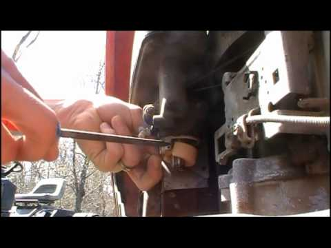 How to: Clean a Carburetor (Small engine)