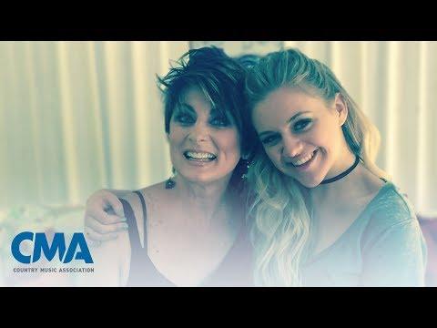 Kelsea Ballerini - Teaching Dreamers | CMA