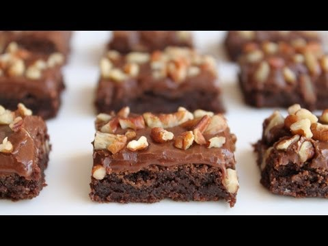 How to Make Fudge Brownies - Easy Brownies Recipe