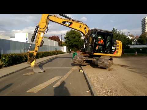 How to drive an excavator in one track!!!