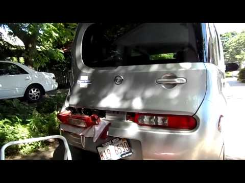 Nissan Cube License Plate Bolt Removal