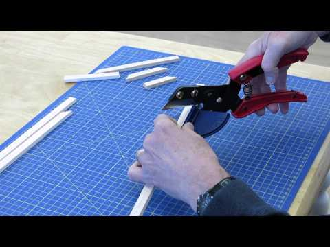 Expo Hand Held Mitre Guillotine 74365
