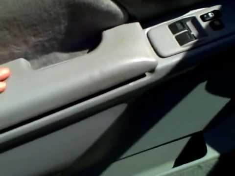 DIY_Replace_Toyota_Sienna_Drivers_Side_Left_Armrest.AVI