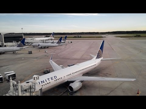 HD IAH Tour of Largest United Club Terminal E Houston Intercontinental Airport Continental