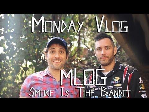 Monday Vlog (Mlog) - Smoke Is The Bandit