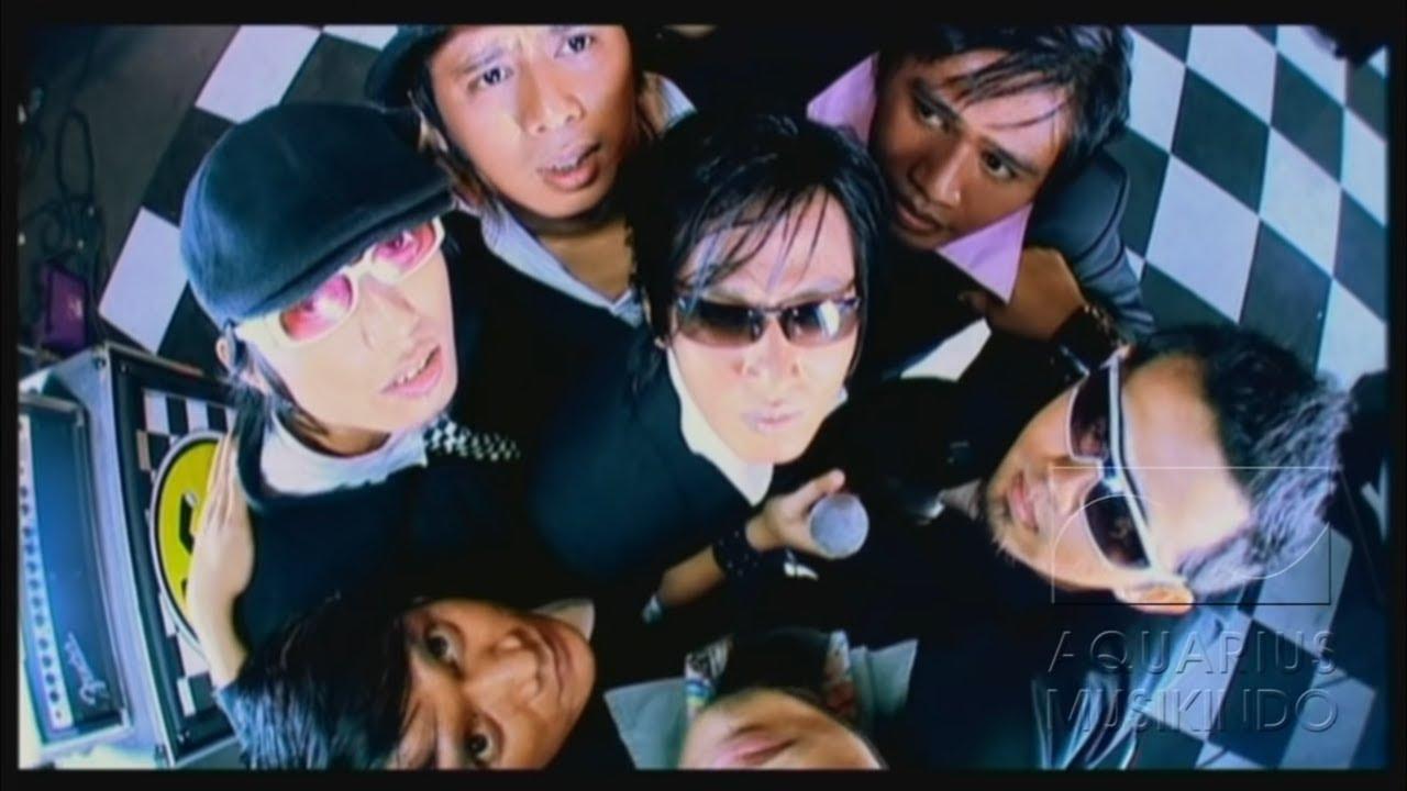 Download Tipe-X - Kamu Ngga Sendirian   Official Video MP3 Gratis