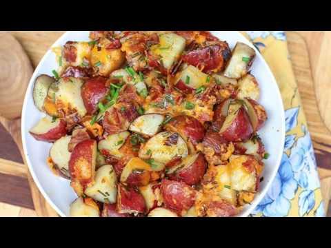 Easy Crock Pot Cheesy Bacon Ranch Potatoes (Slow Cooker Potato Recipe)